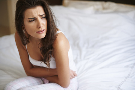 【医師監修】女性の80%が感じるPMSとは!3つの対策と2つの治療方法